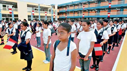 Una gestión con buenos maestros – Propuesta Frente Amplio