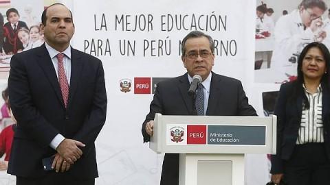 Sueldo mínimo de docentes será de S/2,000 en 2018, anunció Jaime Saavedra