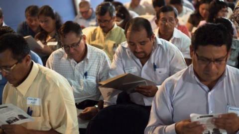 Cusco: Consultorios particulares también deberían evaluar salud mental de profesores