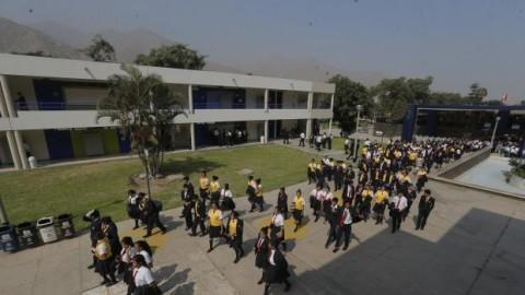 Educación, ¿al final de la fila?, un artículo de Santiago Pedraglio