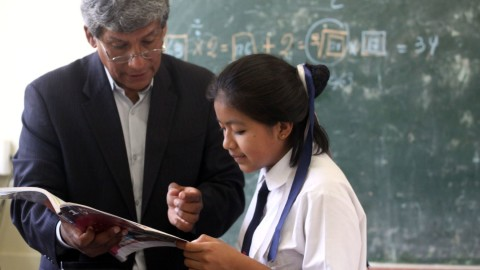 """Participa en concurso """"Conoce a los docentes del Perú"""""""