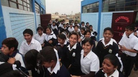 """Ricardo Cuenca: """"La educación se desvaneció en el primer año de PPK"""""""