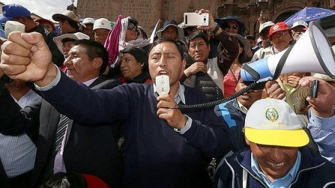 Arequipa: Pedagogía del maltrato, un artículo de Christian Villalta