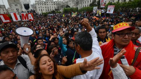 La izquierda de todos los derechos, un artículo de Juan de la Puente