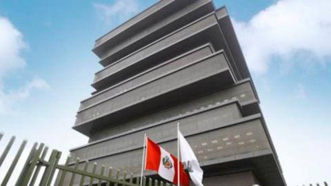Negociación del Minedu con Sutep reabre polémica con las bases regionales