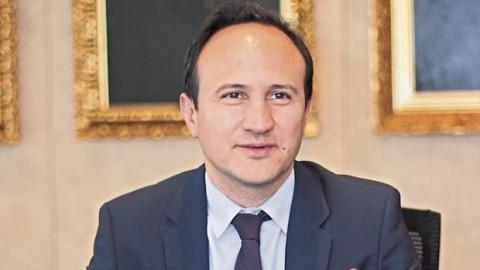 """Sebastián Nieto de la OCDE: """"Hay que seguir el plan de Jaime Saavedra"""""""