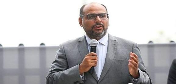 ministro-alfaro-afirma-que-mantendra-politicas-establecidas-sector-educacion-624x352-456758