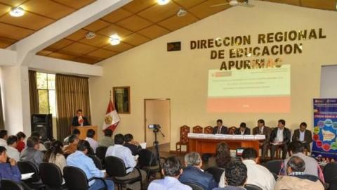 DRE Apurímac presenta iniciativas legislativas para trabajadores del sector educació