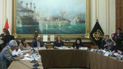 Ministro Alfaro se presentó ante Comisión de Educación del Congreso