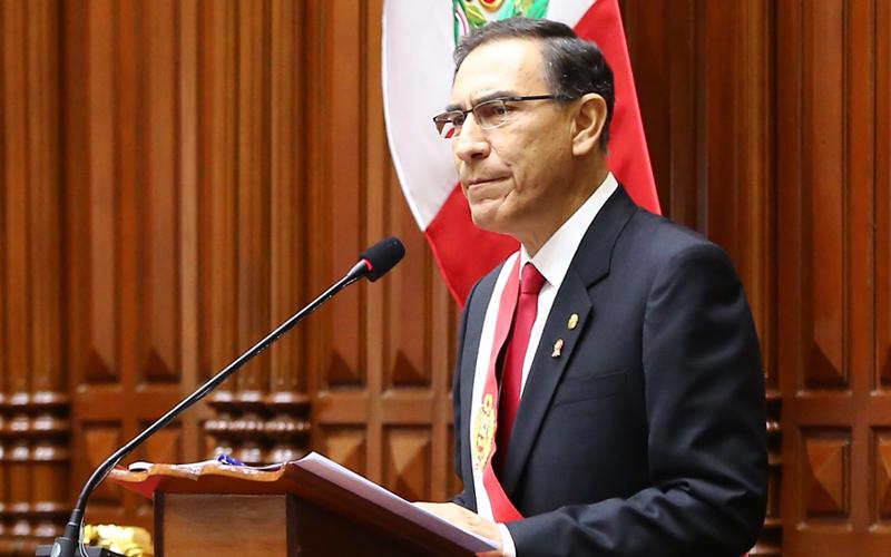 Martín-Vizcarra-Foto-Congreso