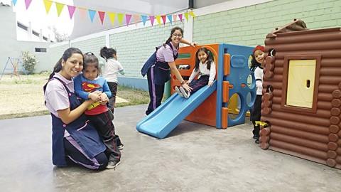Crece la demanda de maestros altamente capacitados en el país