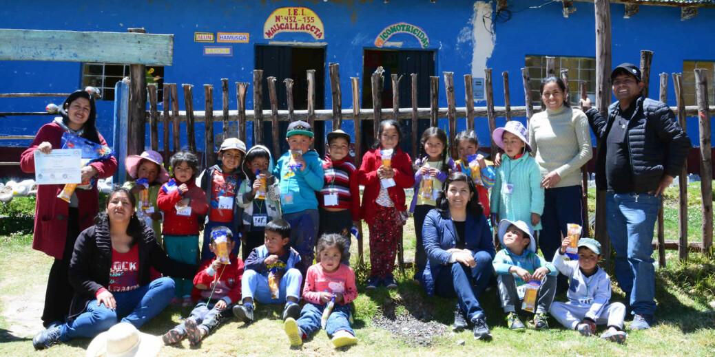 Cierre-de-prácticas-pre-profesionales-de-estudiantes-de-EIB-en-Ayacucho-1500x750