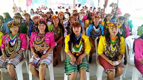 Loreto: Más de sesenta maestras shawi ya tienen título pedagógico