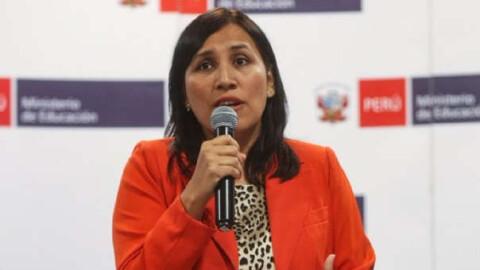 ¿Cuáles son las preguntas del pliego interpelatorio para la ministra Flor Pablo en moción de bancada de Fuerza Popular?