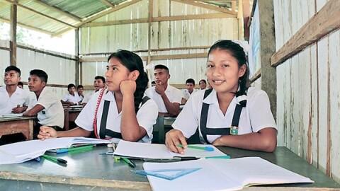 Ecuador aplicará modelo peruano de secundaria en zonas rurales